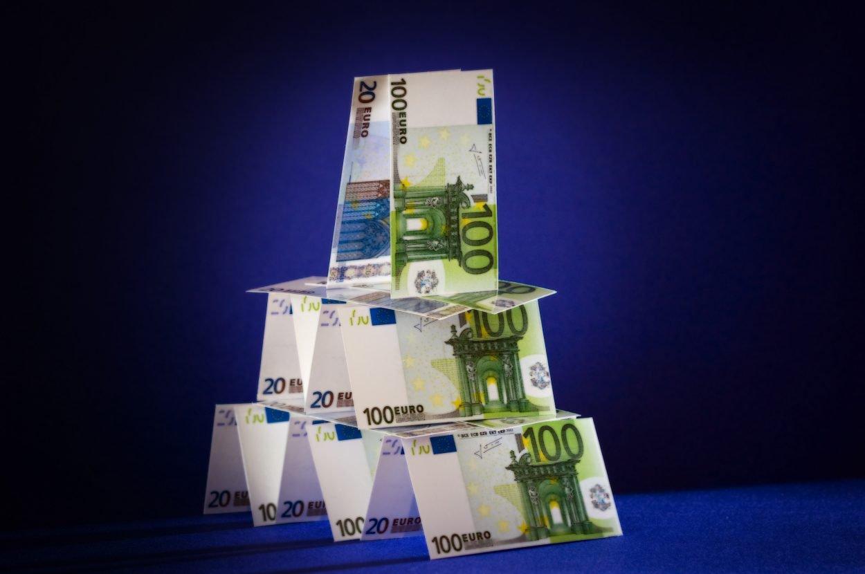Geld_euro_piramide