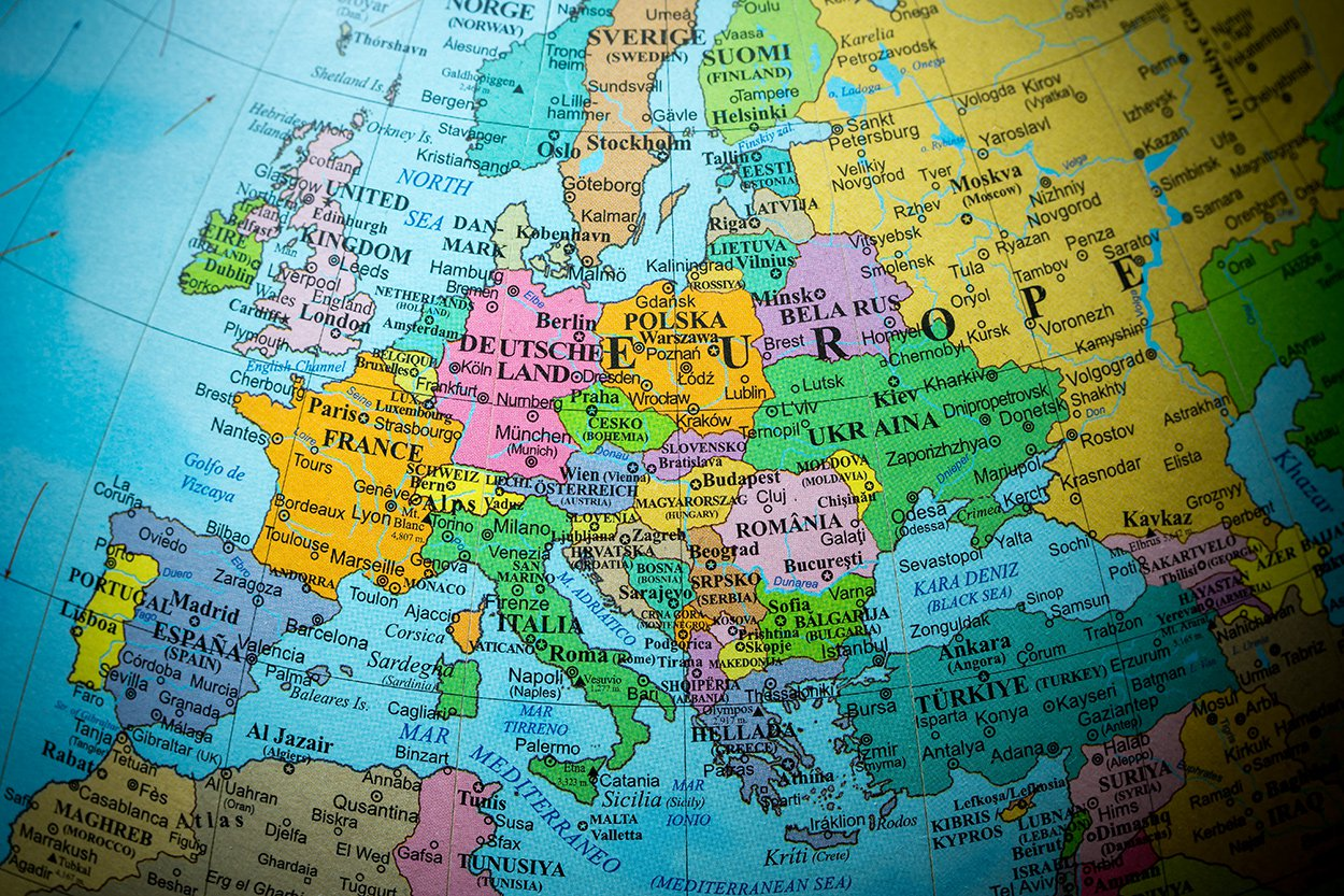 Europa_wereldbol_wereld_vlag_grensoverschrijdende constructies